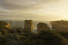 Bay Of Islands - photograph by Stuart Litoff 1-stuart-litoff.artistwebsites.com #greatoceanroad #bayofislands
