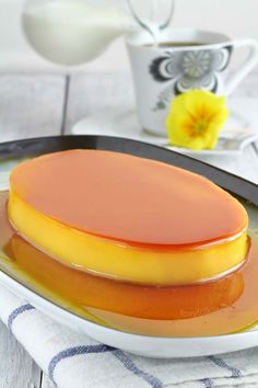 Learn the secret to a perfectly smooth and creamy Leche Flan! Get the recipe now for the ultimate dessert for any special events and occasions. Filipino Dishes, Filipino Desserts, Filipino Leche Flan, Filipino Food, Easy Filipino Recipes, Panna Cotta, Creme Caramel, Caramel Flan, Pinoy Food