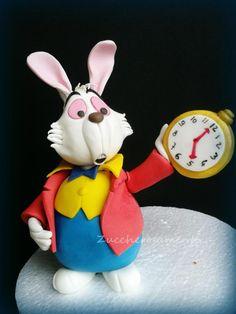 White rabbit from Alice in wonderland! - Cake by Silvia Tartari