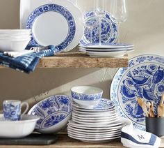 Inspired by the Delftware of the Netherlands, this colbalt and white dinnerware experty bridges casual dining with refined entertaining.