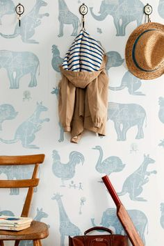We cant resist an unapologetically playful wallpaper in a kids room, like the cute creature wall covering shown here. Tier Wallpaper, White Wallpaper, Beautiful Wallpaper, Wallpaper Wallpapers, Wallpaper Ideas, Kids Bedroom Wallpaper, Wallpaper Childrens Room, Children Wallpaper, Project Nursery