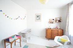 Hello blogzine Nursery Decor, Room Decor, Pastel Nursery, Vintage Nursery, Kids Decor, Kids Bedroom, Kids Rooms, Hello Hello, Interior Design