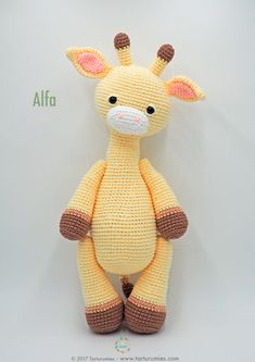 Amigurumi Pattern: Alfa Giraffe : It's time to receive pure tenderness and give our heart to a new member of Tarturumies …. She's ALFA! ♥ On last July 15 we celebrated the birthday Crochet Giraffe Pattern, Crochet Animal Patterns, Crochet Patterns Amigurumi, Stuffed Animal Patterns, Amigurumi Doll, Crochet Animals, Crochet Dolls, Crochet Crafts, Crochet Projects