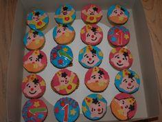 Bumba cupcakes: vanille cupcakes met vanille botercreme, afgewerkt met fondant en icing.