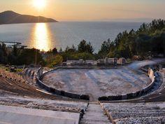 Λιμένας, αρχαίο Θέατρο
