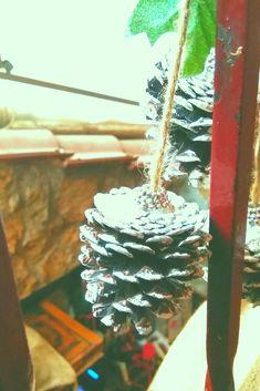 Το αγαπημένο σας στέκι στο Κερατσίνι, το Χρησιμοπωλείον, μπήκε για τα καλά στο Χριστουγεννιάτικο πνεύμα! Meat, Food, Beef, Meals, Yemek, Eten