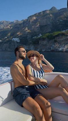 The complete travel guide to Positano, Amalfi coast, Italy.