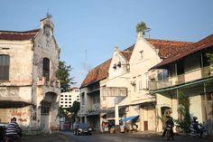 Kota Lama Semarang. Kawasan yang terkendal dengan bangunan-bangunan tua peninggalan Belanda di Semarang #semarang #indonesiaworthit