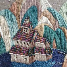과자집같기도 . . . . #자수타그램 #자수 #손자수 #자수그림 #자수작업 #실그림 #작업중 #刺繡 #bordado #embroidery #handembroidery #handstitched #embroideryart #embroiderywork #artwork #contemporaryembroidery #artstagram #dmcthreads #progress #daily