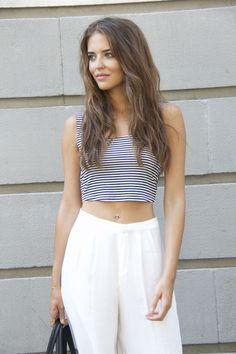 La falda-pantalón y el top son de Bershka, las sandalias de la nueva colección de Zara.