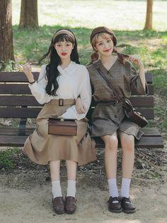 Korean Similar Look - Fashion Ideas Korean Girl Fashion, Korean Fashion Trends, Ulzzang Fashion, Korean Street Fashion, Fashion 101, Cute Fashion, Look Fashion, Daily Fashion, Fashion Outfits