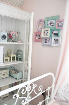 Pink and white girl's room - cute and colorful frames