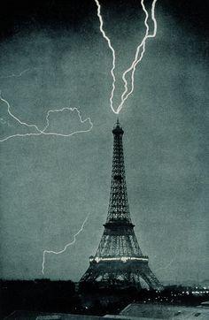 Paris. 1902 - Lightning striking the Eiffel Tower