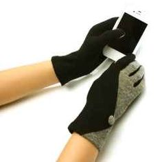 Freezing cold weather is not a reason to give up using your smartphone. Stylish touch screen gloves for women are specially designed to work on touch screens of all kinds: smartphones, tablets and more.