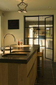 porte en verre toujours à la mode Plus Belle, Doors, Bedroom, Architecture, Saint, Interior, Nest, Kitchen, Table