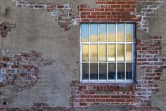 https://flic.kr/p/x7bg2z | Window with Many Panes | Window is in an alley way along Automobile Alley, Oklahoma City.