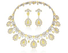 Necklace and earrings in yellow and white diamonds from Chopard Red Carpet 2016 collection
