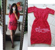 vestido rojo con flores reuniones