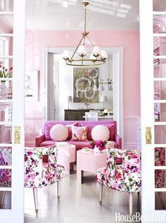 Talk about pretty in pink: The center parlor in this Virginia townhouse is painted in a custom high-gloss pink from Fine Paints of Europe. The sofa in Kravet's Stone Harbor linen heightens the lively mood. Click through for more pink home decor and pink d Design Salon, Deco Design, Home Design, Interior Design, Design Ideas, Living Room Designs, Living Room Decor, Living Spaces, Pink Living Rooms