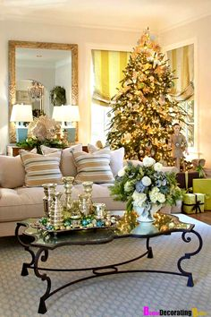 traditional home decorating | traditional-home-Decorating-your-home-for-Christmas-easy-ideas-tree ...