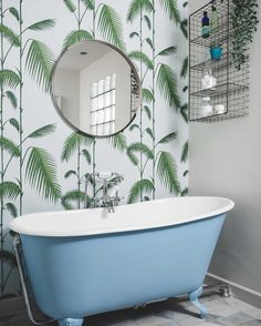 We absolutely love this installation! The tranquil Palm Leaves wallpaper by Cole & Son. Now available on the Designer Wallpapers website. Palm Leaf Wallpaper, Cole And Son Wallpaper, Bohemian Kitchen, Kitchen Wallpaper, Family Bathroom, Wet Rooms, Clawfoot Bathtub, Designer Wallpaper, Home Bedroom