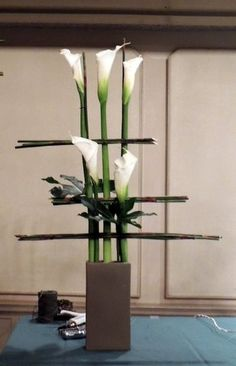 San Antonio Design Symposium - great design for calla lilies - bold and beautiful