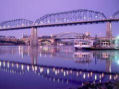 Walnut Street Bridge (Chattanooga, TN)
