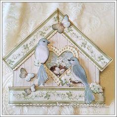 Jeg bare måtte prøve å lage et fuglehus kort med Pions nye kolleksjon The songbird`s secret.