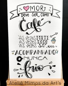 #lettering #caligrafia #frases #café #quadros #cantinhodocafe Mini Texto, Hand Lattering, Letter E, Cafe Menu, Lettering Tutorial, Chalkboard, Doodles, Bullet Journal, Words