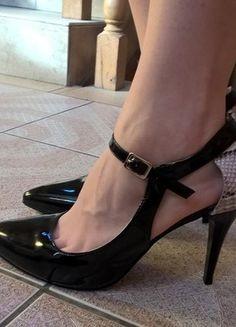 Kup mój przedmiot na #vintedpl http://www.vinted.pl/damskie-obuwie/na-wysokim-obcasie/18859179-lakierowane-szpilki-marki-elegance-nowe-nieuzywane