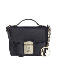 Trussardi Jeans Levanto Crossbody -laukku on trendikkäästi mini! Tilaa omasi stockmann.com-verkkokaupasta.