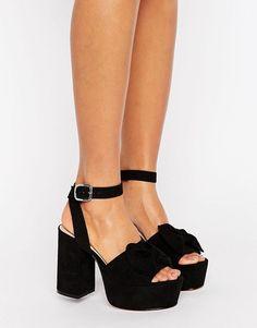 438 bästa bilderna på Shoes for catwoman  3fa6395c595fb