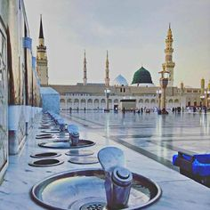"""#Madinah ul-Munawarah is the second holiest metropolis and is also recognized as the """"#City of #Prophet (S.A.W.W.) of #Allah Almighty has a very blessed place in #Islam of #SaudiArabia. This is also identified as """"City of Radiant"""" and also Madina-Ul-Nabi (S.A.W.W.)."""