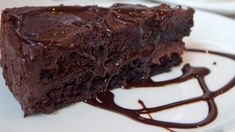 This Dutch Oven Triple Chocolate Cake Recipe takes the difficulty out of cooking a chocolate cake in a dutch oven. Visit us for more. Sweet Recipes, Cake Recipes, Dessert Recipes, Pudding Recipes, Dessert Ideas, Magic Bean Cake, National Chocolate Cake Day, Bean Cakes, Gluten Free Chocolate Cake