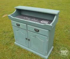 An Early American Dry Sink Makeover Using MMS Milk Paint in Kitchen Scale