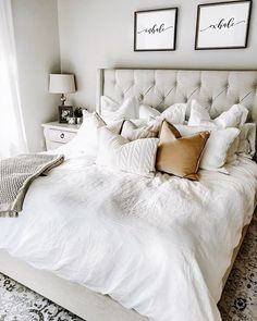 38 Look Luxurious With a White Master Bedroom Design Ideas - A master bedroom should be the perfect retreat from whatever is going on in the rest of the home and place where you can really kick -back and relax. Romantic Master Bedroom, Master Bedroom Layout, Master Bedroom Makeover, Modern Bedroom, Contemporary Bedroom, Master Suite, Bedroom Classic, Romantic Bedrooms, Bedroom Neutral