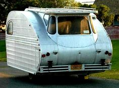 The 1947 Great Western trailer is a rare find. Take a peek at some photos of this unusual vintage trailer. Tiny Trailers, Small Trailer, Vintage Campers Trailers, Retro Campers, Vintage Caravans, Camper Trailers, Motorhome, Cool Rvs, Tiny Camper