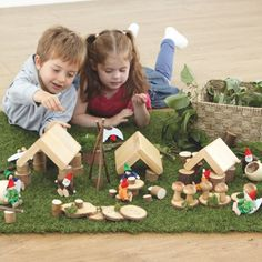 Small World Fairy Village Construction Set Mini Mundo, Crafts For Kids, Activities For Kids, Fairy Village, Small World Play, Play Based Learning, Early Learning, Preschool At Home, Forest School