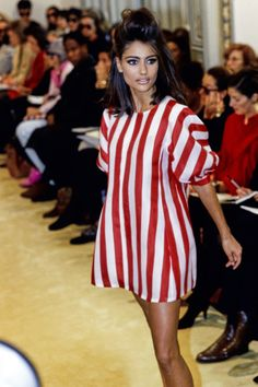Prada Spring 1992 Ready-to-Wear Fashion Show Details