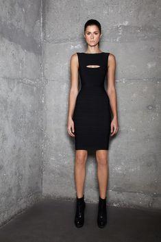 Hervé Léger by Max Azria Pre-Fall 2011 Collection Photos - Vogue