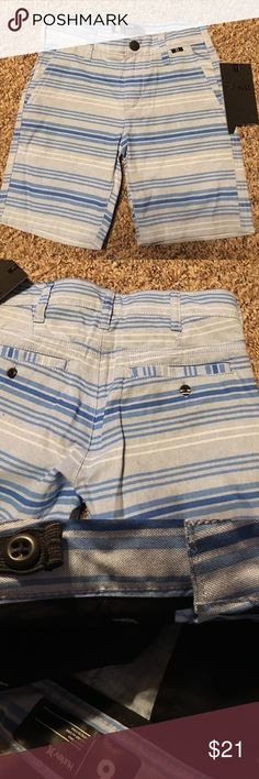New Hurley Blue Stripe Boys Shorts Size 6 Adjust New!  Adjustable waist. Smoke-free/pet-free home. Bundle with more items for a better deal! Hurley Bottoms Shorts