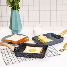Frying Pan Tamagoyaki Omelette Black Non-stick Pan Fry Egg Pan Pancake Kitchen Pot Only Use for Gas Cooker In China, Easy Cooking, Healthy Cooking, Cooking Tools, Pancake Kitchen, Bbq Kitchen, Omelette Pan, Best Cast Iron Skillet, Griddle Grill