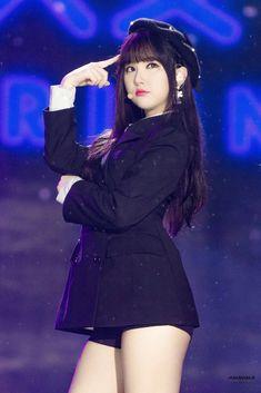 🌈 Eunha 📌 Time for the moon night Kpop Girl Groups, Korean Girl Groups, Kpop Girls, Jung Eun Bi, G Friend, Stage Outfits, Beautiful Asian Girls, Korean Singer, South Korean Girls