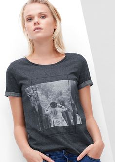 T-Shirt von s.Oliver. Entdecken Sie jetzt topaktuelle Mode für Damen, Herren und…