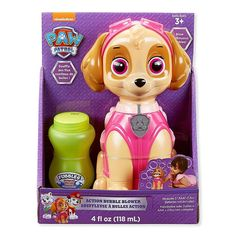 Go on patrol with your favorite pals with the Paw Patrol Best Pup Pals Skye Action Bubble Blower. Just add in batteries (sold separately) and pull the trigger to unleash a stream of bubbles, smiles, and all sorts of joy. Sky Paw Patrol, Paw Patrol Pups, 4th Birthday Parties, 3rd Birthday, Birthday Ideas, Kids Bubbles, Paw Patrol Birthday, Girl Paw Patrol Party, Bubble Machine