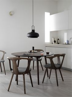 &tradition table and chairs. Restaurant furniture, restaurants møbler, bord, stole