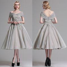 Organza gri, cu aplicatii. Pe crinolina. Formal Dresses, Fashion, Dresses For Formal, Moda, Formal Gowns, Fashion Styles, Formal Dress, Gowns, Fashion Illustrations