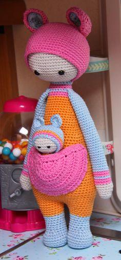 Kira the Kangaroo - Variation Lalylala Patterns - The Ultimate in Cute.I want this SOOO bad. Crochet Amigurumi, Amigurumi Doll, Crochet Dolls, Crochet Hats, Crochet Fairy, Love Crochet, Beautiful Crochet, Yarn Thread, Yarn Stash