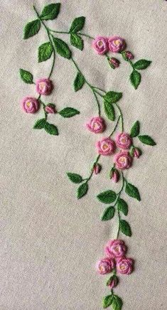 Wonderful Ribbon Embroidery Flowers by Hand Ideas. Enchanting Ribbon Embroidery Flowers by Hand Ideas. Brazilian Embroidery Stitches, Learn Embroidery, Hand Embroidery Stitches, Silk Ribbon Embroidery, Hand Embroidery Designs, Vintage Embroidery, Embroidery Techniques, Embroidery Thread, Machine Embroidery
