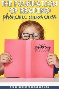 Struggling readers? Make sure you are teaching the foundations of phonics-phonemic awareness. Here's why it's important and a free phonemic awareness activity to try for your kindergarteners, first graders, or beginning readers. Phonemic Awareness Kindergarten, Phonemic Awareness Activities, Phonics Activities, Student Reading, Kindergarten Reading, Teaching Reading, Kindergarten Phonics, Reading Fluency, Reading Intervention